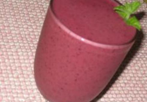 Супер полезный для здоровья фруктовый смузи