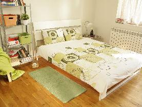 Килим в спалня