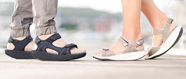 Спортни дамски и мъжки сандали